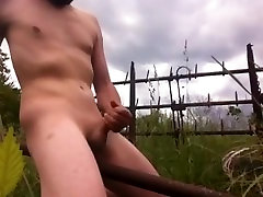 Masterbating Outdoors, Just how I Like It