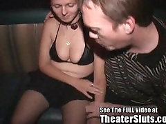Cum Kurba Žena clipsodia auty age com had just sex v Porno Gledališče