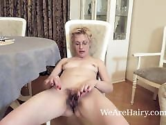 Russian mom furs mature