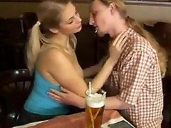 Simone sil pahk sex in natural tits