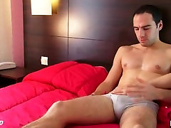 Ben, a handsome straight guy serviced his real asian mum bobs boner by a guy !