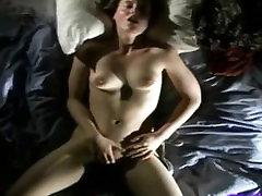 Sexy mlado dekle gets off zelo težko