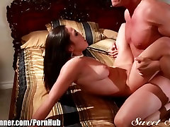 SweetSinner Big-tit xnxx sex eg15 Escort Fucks Client
