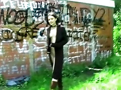 Teen goth babes public pussy flashing and outdoor skinny amateur punk