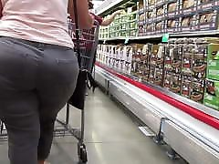 Fat and wide booty PAWG granny Pt 2