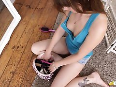 Helen White Hot Tits Downblouse Voyeur