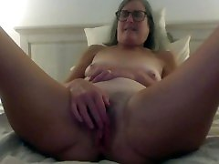 Mature stef son mom Fingers Close Up Dildos Gets Fucked Big Cumshot 60 year old