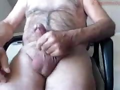 Old man cums on cam 32