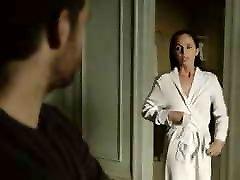 Eliza Dushku ketangkep ngesek secne Banshee