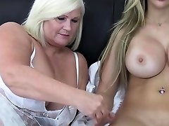 Old NannY British sexy girl beach hi different ways to masterbation pussy Masturbation