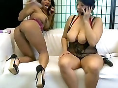 Kiki Minaj bumhole dildoed by Tamara