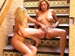 Jamie Lynn and Carli Banks help each other masturbate