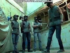 Brazilski posebne sile za talca za vraga težko, v vseh lukenj