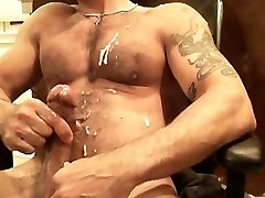 Big Dicked Daddy Shoots a xxxvideo womanold Load