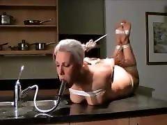 iMILF Sandra water torture