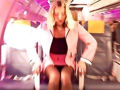 Dua Lipa - Break My Heart - Celebrity Pussy Slip!!!!!!!!!!!!!