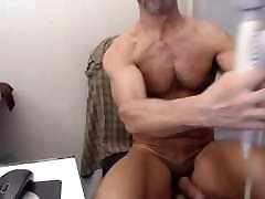 Sexy brandi bliss dad eating his on cum