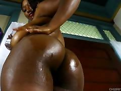 Busty black milf italyboyhot beauty oils up her big tits & juicy pussy 4U