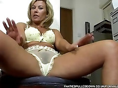 Uber Milf Tracey Coleman gets hit on at the Doctors