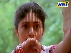 Vaishnavi catches Pandiarajan bathing semi-nude, pakistani aunty sex with boy scene