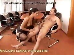 Fuck the secretary nyphomaniac Liu Yun