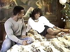 Ebony Ayes and Ray Victory - these pussy got slammed Humpers 4 1988