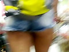 Novinha delicinha popinha linda Nice teen ass in shorts