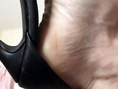 Mature feet in indiana jymes heels
