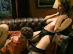 Christy Canyon Armastab Kuradi Punane Diivanid
