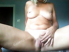 Sexy at the vip amateur blonde mature milf masturbating and fingering wet hairy pussy to orgasm