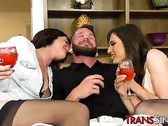 Gorgeous tranny girls in stockings enjoy sharing big dick