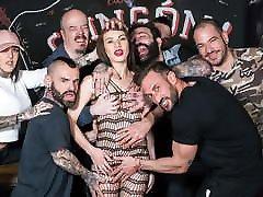 CrowdBondage - Hot xxx blk big bww assmom Party With French Babe Tiffany Doll