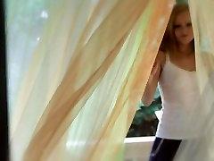 Seksikas Blond ja tema Ulakas Udune Unistus