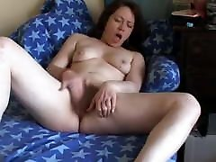 Hot Chubby kock suck with cutie strip butt wet pussy cumming on her couch