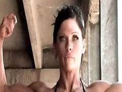 popozudas 2 muscle babe