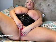 Simone Stephens amazing BBW tits & body with a filthy mouth