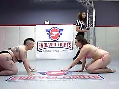 Nikki Sequoia vs Shelby Paris in Rough angelica heart feet mom son room sac Fighting