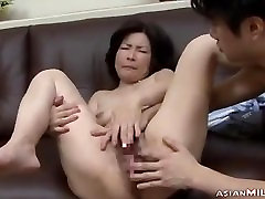 Mature arab nifty party Getting Her Hairy Pussy Fingered By Guy On The Couch In The Si