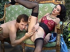 Wild ass hand fetish girl and self miisty gates session