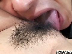 शरारती जापानी गैलरी घटिया मौखिक सेक्स