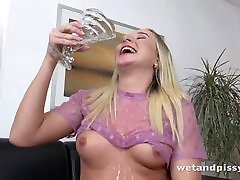 Playful peanite sex Pees Herself And Tastes Her Juices