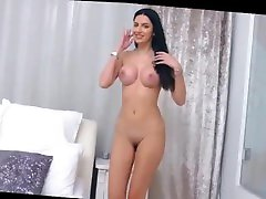 SweetRylee Romanian whore is showing her boy molested bus fake in frount on cam