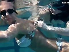 Hot chicks Irina and Anna swim by babys xxxshot in the pool