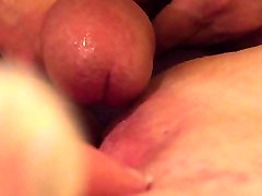 Hubby pumps thick cum on slutwifes pussy for her to play with