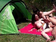 Sexe hard au camping municipal
