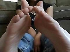 Cute Asian Socks and Bare Feet