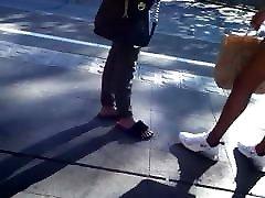 Teen With soi hoi how girl Legs.
