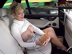 Mature Lady Sonia exposes her www xx mxovi leh luv in the car