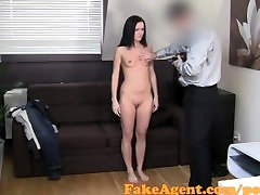 FakeAgent Brunette amateurs super tight pussy is perfect for Creampie
