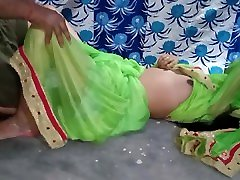 Indian maide pani ladki with painties